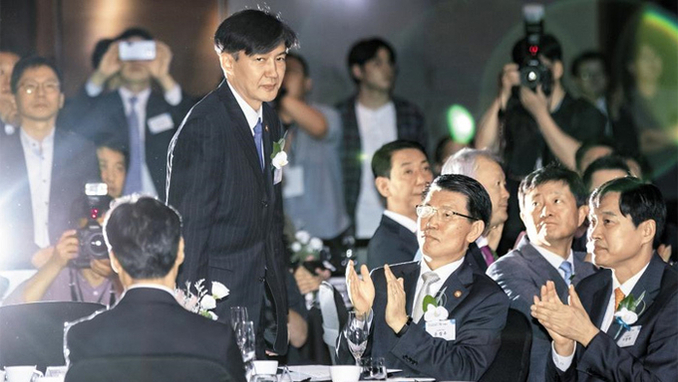 [조선단독] 정경심 공소장 6일째 국회제출 안하는 법무부